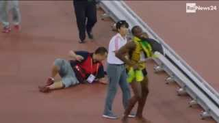 Cameraman Takes Out Usain Bolt