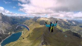 The Beauty of Paragliding